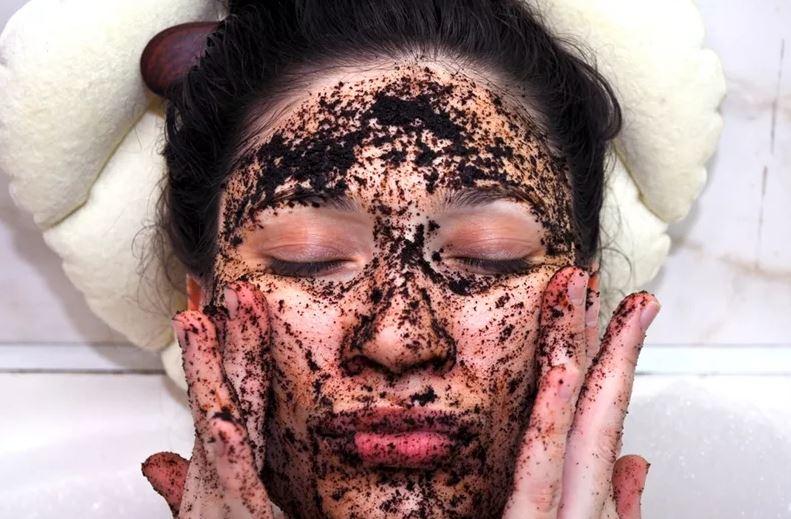 Маски с кофе для кожи лица, рецепты в домашних условиях